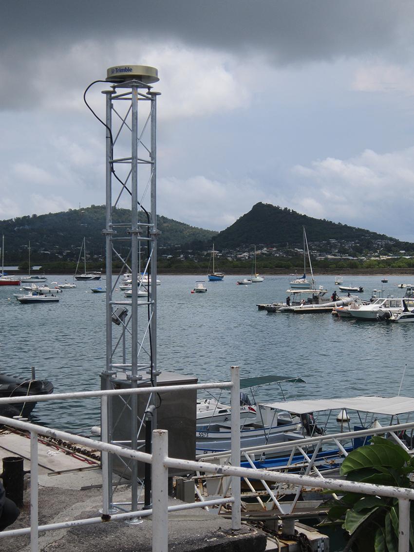 Station MAYG du réseau Regina, située sur l'île de Mayotte à Dzaoudzi - Crédits Cnes