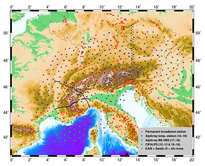 Carte des stations temporaires et permanentes installées dans les Alpes pendant le projet AlpArray (voir légende carte) - Crédits : Anne Paul